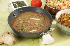 Dal Makhani eller Daal Makhani indisk maträtt arkivfoton