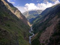Dal med den Ravi floden royaltyfria foton