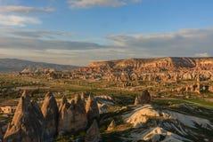 Dal med felika lampglas i Cappadocia Arkivfoton