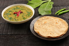 Free Dal Palak Dish Served With Chapathi. Royalty Free Stock Photography - 82223787