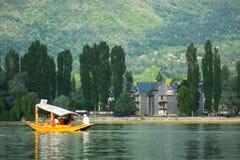 Dal sjö på Srinagar, Kashmir, Indien Royaltyfri Bild