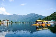 Dal sjö på Srinagar, Kashmir, Indien Royaltyfri Foto