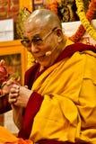 Dalai Lama insegna a a Dharamsala, India, Septemeber Julian_Bound 2014 b fotografia stock libera da diritti