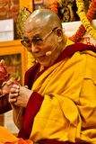 Dalai Lama undervisar i Dharamsala, Indien, Septemeber Julian_Bound 2014 b Royaltyfri Foto