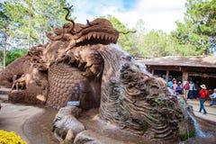 DALAT, ΒΙΕΤΝΆΜ - 17 Φεβρουαρίου 2017: Ο καταπληκτικός προορισμός για τον τουρισμό του Βιετνάμ, έργο της τέχνης ξέρει ως σήραγγα γ στοκ φωτογραφία με δικαίωμα ελεύθερης χρήσης