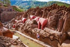 DALAT, ΒΙΕΤΝΆΜ - 17 Φεβρουαρίου 2017: Ο καταπληκτικός προορισμός για τον τουρισμό του Βιετνάμ, έργο της τέχνης ξέρει ως σήραγγα γ στοκ εικόνα με δικαίωμα ελεύθερης χρήσης