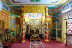 Dalat, Vietnam - 2 de mayo de 2018: Trono en Bao Dai Summer Palace décimotercero y el emperador pasado imagenes de archivo