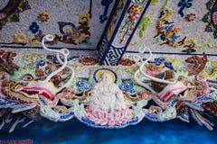 DALAT, VIETNAM - 17 février 2017 La pagoda de Linh Phuoc Buddhist est bien connue pour son grand Bouddha d'or debout Photographie stock libre de droits