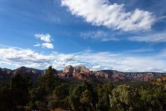 Daleka góra na pięknym dniu fotografia stock