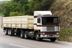Dalekiego Zasięgu Odtransportowywa w Transporcie Dużych rozmiarów Towary - Obrazy Stock