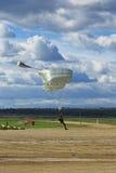 Dalende parachutisten Stock Foto