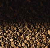 Dalende schaduw op koffiebonen royalty-vrije illustratie