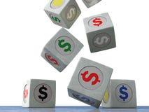 Dalende uitstekende kubussen met het beeld van muntsymbolen op een wh Stock Foto