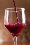 Dalende wijn Stock Foto's