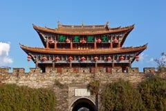 Dali alter Stadt-Gatterkontrollturm stockbild