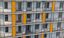 dalian πυλώνες ομάδας ηλεκτρικής ενέργειας της Κίνας κτηρίων διαμερισμάτων Στοκ Φωτογραφίες