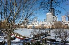 Dalian cityscape i vinter Arkivfoton