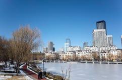 Dalian-Stadtbild im Winter Stockbild