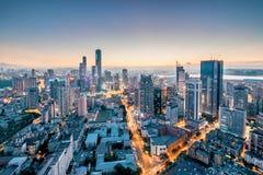 Dalianstad, Liaoning-Provincie, de nachtlandschap van China royalty-vrije stock afbeeldingen