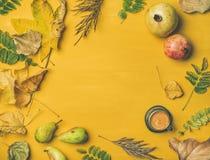 Dalingsachtergrond, textuur, patroon met espresso, exemplaarruimte Royalty-vrije Stock Foto