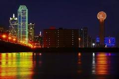 Dallas bij de Brug van de Handelsstraat stock foto's