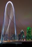 Dallas_Bridge_portrait stock foto's