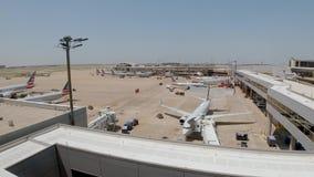 Dallas Fort Worth Airport flygfält - DALLAS, USA - JUNI 20, 2019 arkivfilmer