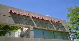 Dallas Museum d'Art Sign en rouge photo stock