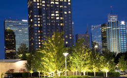 Dallas på natten Arkivbild