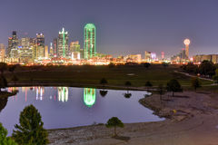 Dallas Skyline at Night Royalty Free Stock Images