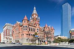 Dallas, TX/USA - vers en février 2016 : Vieux musée rouge, autrefois Dallas County Courthouse à Dallas, le Texas image libre de droits