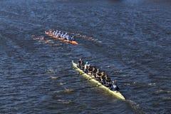 Dallas United assenta raças da parte superior de OKC Riversport na cabeça da juventude oito do ` s de Charles Regatta Men Imagens de Stock