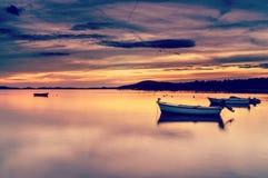 Dalmatia solnedgång i fjärd Fotografering för Bildbyråer
