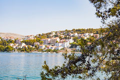 Dalmatinische Küstenlinie, Trogir, Kroatien Stockbilder