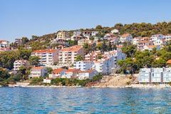 Dalmatinische Küstenlinie, Trogir, Kroatien Stockbild