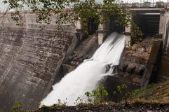Free Dam Royalty Free Stock Photo - 27631955