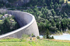 Dam at Lago di Beauregard, Val Grisenche, Italy Stock Photos