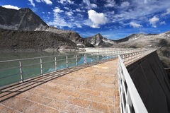 Dam between mountains Stock Photography