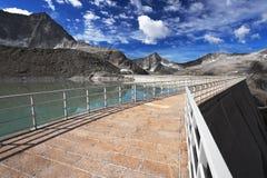 Dam between mountains Stock Photography
