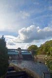 Dam op de rivier tummel Royalty-vrije Stock Foto