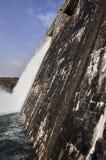 Dam over Zadorra-rivier, Baskisch Land (Spanje) royalty-vrije stock fotografie