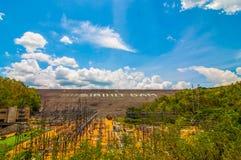 Dam produces electricity Royalty Free Stock Photos