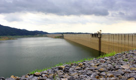 Dam in Thailand. Stock Afbeelding