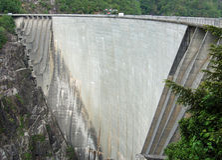 Dam in Val Verzasca (Tessin - Switzerland) Royalty Free Stock Photos