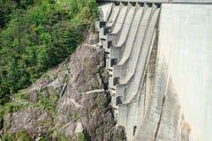 Dam in Val Verzasca (Tessin - Zwitserland) Stock Afbeelding