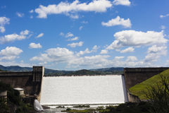 Dam Wall Water Flowing Royalty Free Stock Photography