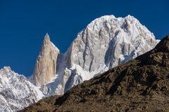 Dama palec i Ultar Sar halny szczyt przy Hunza doliną, Gilgit Zdjęcia Royalty Free