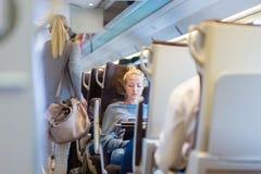Dama podróżuje pociągiem Zdjęcie Stock
