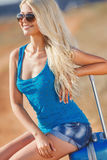 Dama przygotowywająca dla wycieczki kurort nadmorski Fotografia Stock