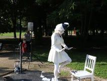 Dama w bielu - żyć statuę zbiory wideo